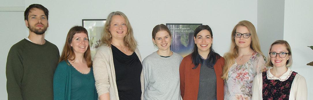 Øyvind Skarbø, Kristin Bolstad, Tine Grieg Viig og Rosella (Johanne Skaansar, Carmen Boveda, Vladimíra Ščigulinská, Claudia Cox)